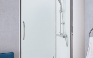 SF Pivot Shower Door